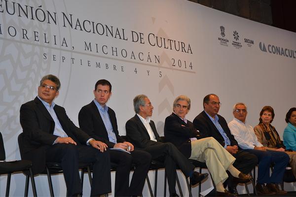 Autoridades de los tres niveles de gobierno, inauguran reunión de cultura