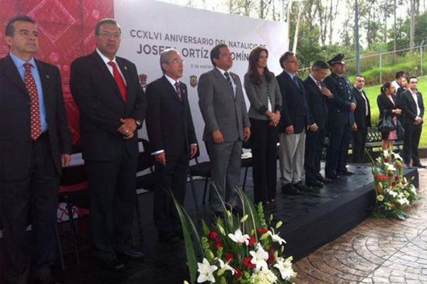 Autoridades locales, recuerdan a Josefa Ortiz de Domínguez