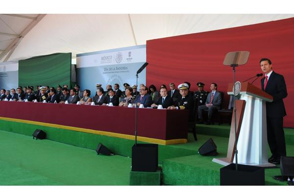 Poder Judicial de Michoacán presente en la conmemoración del Día de la Bandera