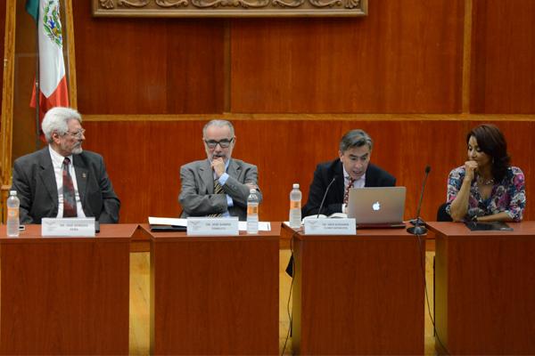 Imparten conferencia sobre Bicentenario de la instalación del primer tribunal de justicia en el país