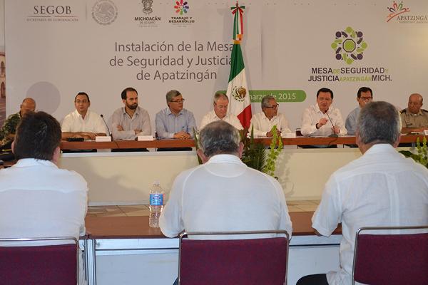 Autoridades de los tres niveles de gobierno instalan mesa de seguridad y justica en Michoacán