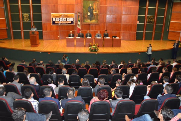 Comunidad jurídica de Michoacán celebra Día del Abogado