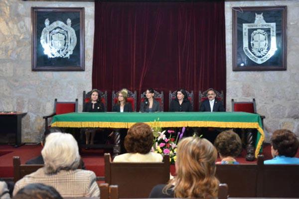 Poder Judicial de Michoacán presente en aniversario de Abogadas de Michoacán, AC