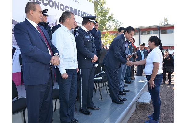 Poder Judicial de Michoacán presente en la entrega de reconocimientos a futuros policías
