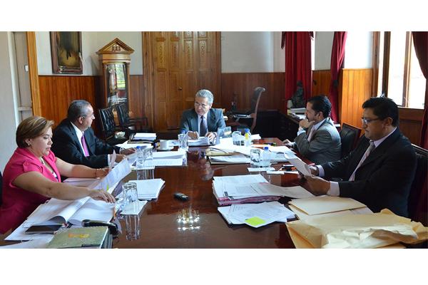 Consejera y consejeros del Poder Judicial de Michoacán llevan a cabo sesión ordinaria