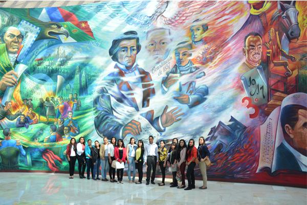 Visitan alumnos de las carreras de Derecho, Contabilidad y Administración instalaciones del Poder Judicial de Michoacán