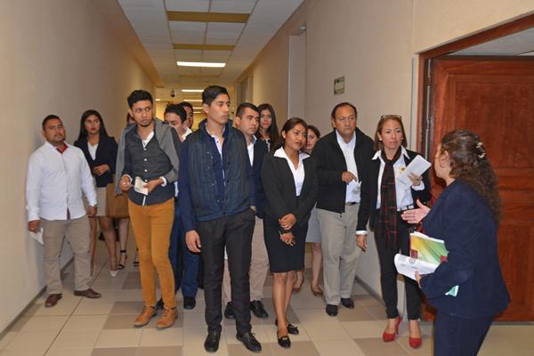 UMSNH unidad Lázaro Cárdenas visitó el Supremo Tribunal de Justicia del Estado