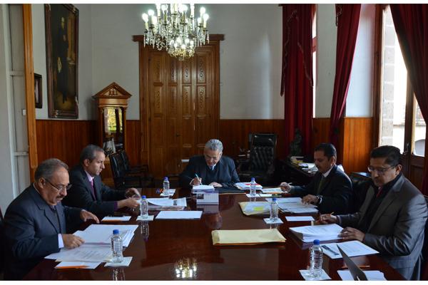 Revisan asuntos administrativos internos del Poder Judicial de Michoacán en sesión de Consejo