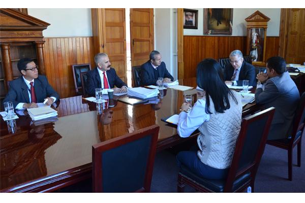 Integrantes de la Comisión de Administración del Consejo del Poder Judicial, llevan a cabo sesión ordinaria