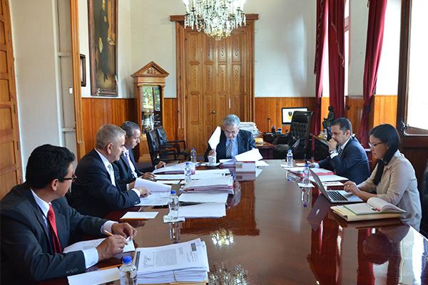 Integrantes de la Comisión de Administración llevan a cabo sesión ordinaria