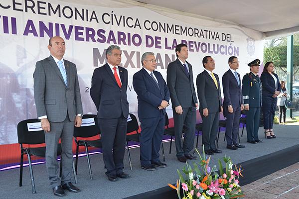 Autoridades locales conmemoraron aniversario de la Revolución Mexicana