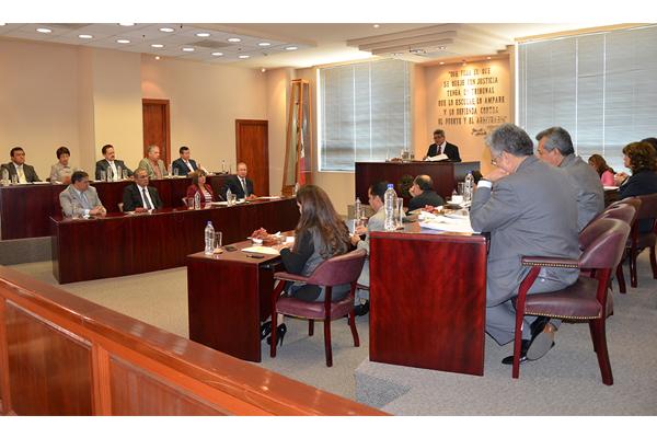 """En esta sesión se abordó un proyecto de resolución, el cual puede visualizarse en la sección """"Consulta de acuerdos y resoluciones"""" de esta página de internet"""