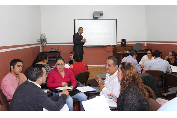Además, cursos, talleres y diplomados en diferentes temas, se imparten en los  23 distritos judiciales