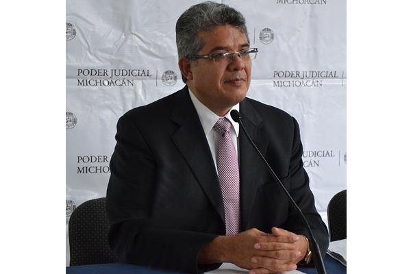 El magistrado presidente hace un llamado para lograr una implementación exitosa de esta nueva forma de impartir justicia