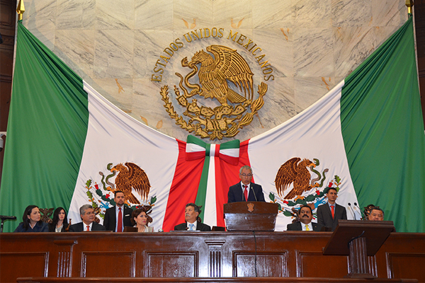 El informe se presentó en el marco de la sesión solemne de la 72 legislatura local