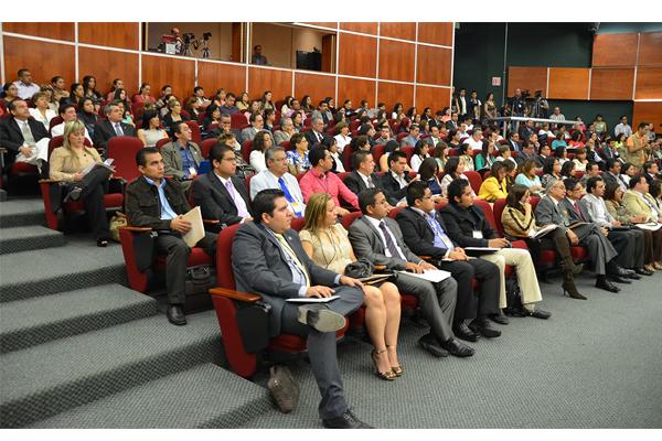 A través de talleres, cursos y congresos, servidores públicos del Poder Judicial de Michoacán fortalecen su conocimiento en beneficio de la sociedad