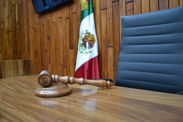 Luego de escuchar los planteamientos de la representación social, el juez  resolvió vincular a proceso