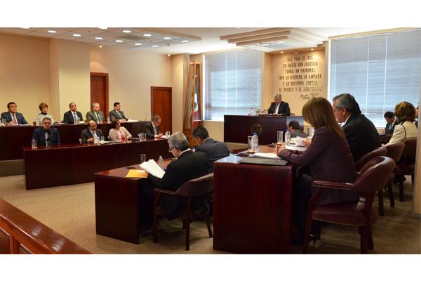 En esta sesión se aprobaron dos proyectos de resolución y se turnaron dos asuntos, los cuales pueden consultarse en la página web de la institución