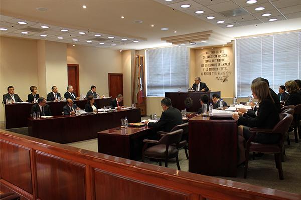 El Supremo Tribunal de Justicia del Estado tiene la responsabilidad de tomar las deliberaciones jurisdiccionales  más trascendentes del Poder Judicial de Michoacán