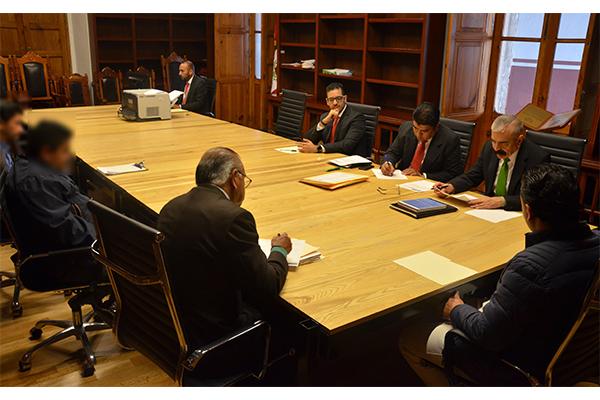 Ante la presencia de dos de los tres licitantes se procedió a la apertura de propuestas económicas