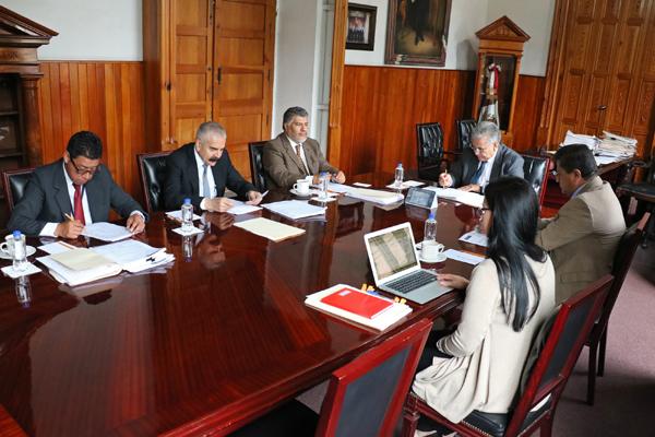 Comisión de Administración, encargada de controlar, dirigir y vigilar las funciones de administración y finanzas del PJM