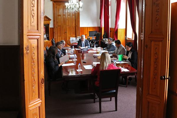 Magistrado Marco Antonio Flores Negrete preside sesión de Consejo