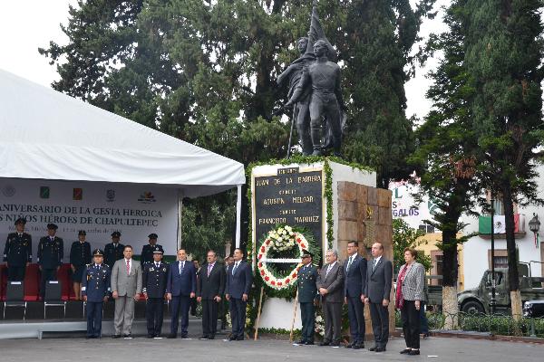 Autoridades estatales conmemoran a los Niños Héroes