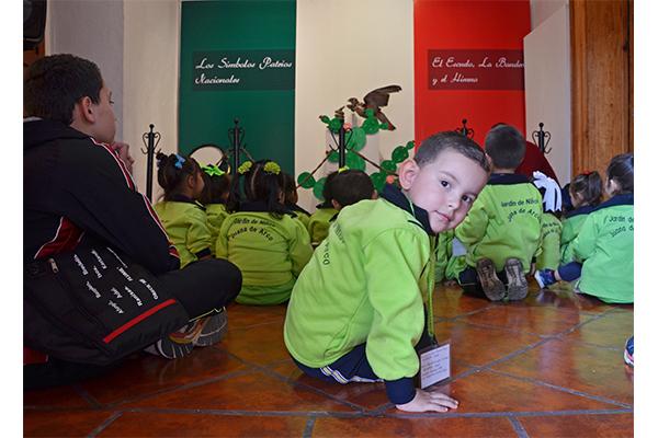 Niños de preescolar visitan el Museo Histórico del Poder Judicial