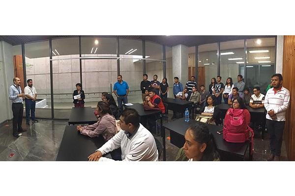 Integrantes de Ingeniería en Sistemas Computacionales conocen CEDETIC del Poder Judicial de Michoacán