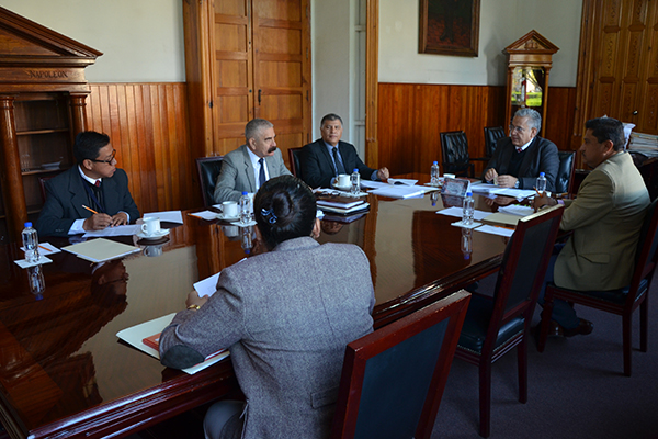 Consejeros de la Comisión de Administración realizan sesión ordinaria