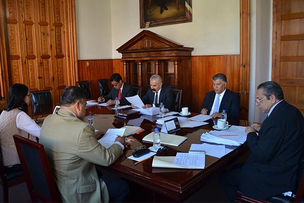 Comisión de Administración analiza temas financieros y administrativos en sesión ordinaria