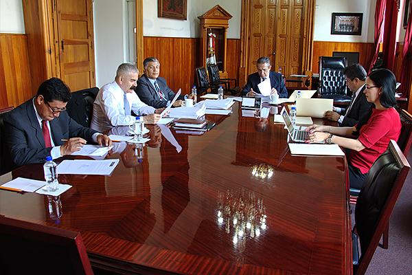 Magistrado presidente Héctor Octavio Morales Juárez encabeza sesión de la Comisión de Administración