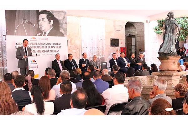 Conmemoran el XXXI Aniversario Luctuoso de Francisco Xavier Ovando Hernández