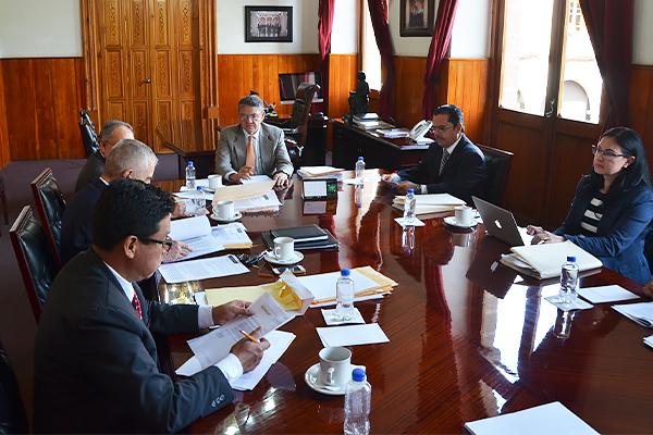 Sergio Alberto Cázares Solórzano, en su calidad de presidente sustituto, encabeza sesión ordinaria de Comisión de Administración