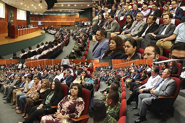Presentan libro en el auditorio del Poder Judicial de Michoacán