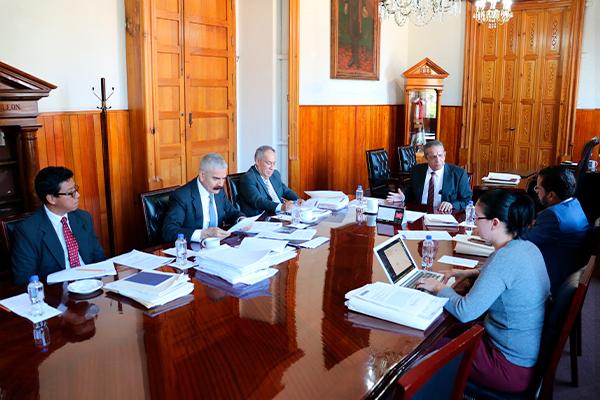 Héctor Octavio Morales Juárez preside sesión ordinaria de Comisión de Administración