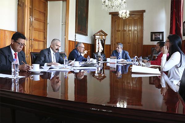 Comisión de Administración presidida por Héctor Octavio Morales Juárez realiza sesión ordinaria