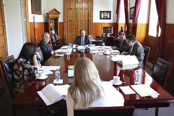Fijar calendario anual de labores, una de las atribuciones del Consejo