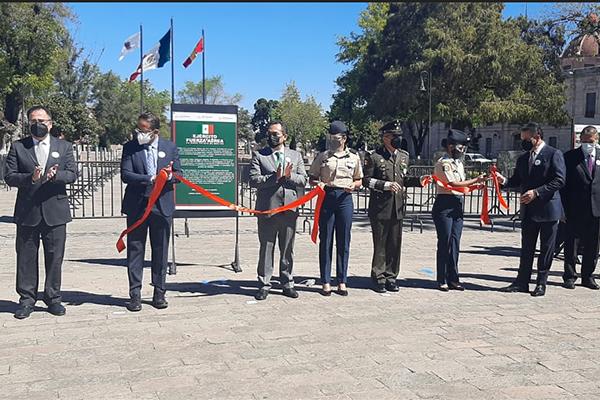Presente Poder Judicial de Michoacán en exposición fotográfica de la 21ª Zona Militar