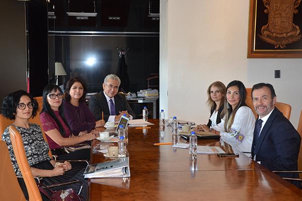 Presentan proyecto referente a mujeres en situación de reclusión