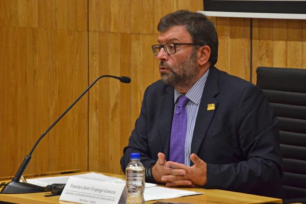 En conferencia magistral, Ezquiaga Ganuzas explica que la argumentación proporciona a los profesionistas del Derecho pautas que permiten cumplir el deber de fundar y motivar