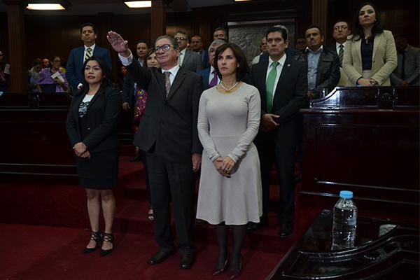 Previamente, el Consejo del Poder Judicial de Michoacán remitió al Congreso el dictamen del desempeño ético y profesional del magistrado