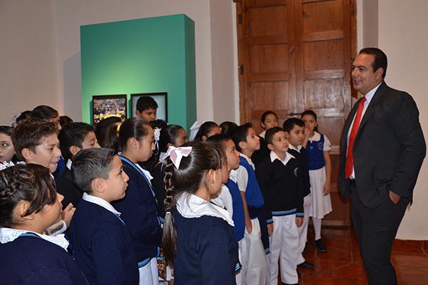 El programa cultural contempla tres exposiciones cuyos temas abordarán la importancia de los símbolos patrios, las tradiciones nacionales y archivos judiciales históricos