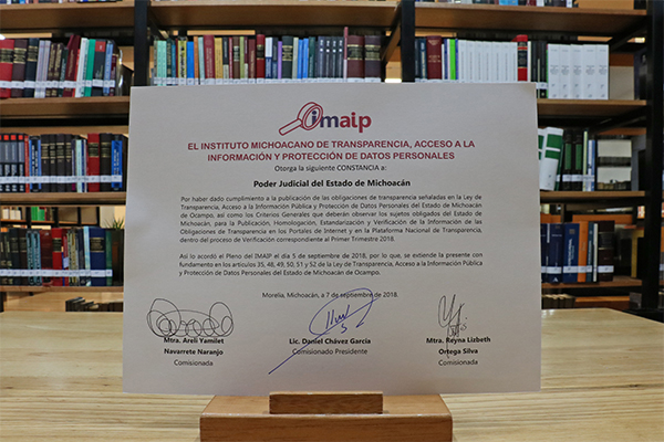 IMAIP entrega reconocimiento por la información publicada y actualizada en el sitio web www.poderjudicialmichoacan.gob.mx