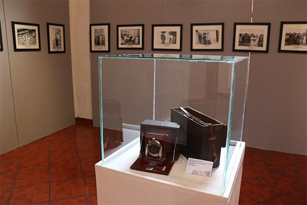 Muestra fotográfica, colección de piezas hechas a base de cera y presentación de documentos históricos, entre las opciones