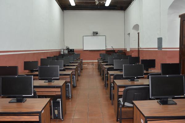El proceso de selección en el Poder Judicial de Michoacán se integra por tres etapas: curricular, examen de conocimientos y entrevista