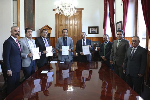 Poder Judicial de Michoacán y Poder Ejecutivo del Estado firman contrato de comodato