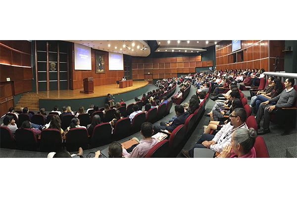 En conferencia, se compartieron detalles sobre la llamada Ley Olimpia, misma que tipifica la violencia digital