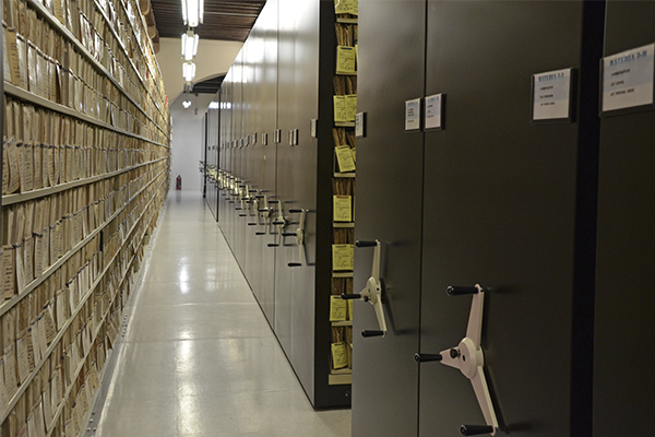 Inauguración de exposición y ciclo de conferencias impartidas por especialistas en gestión documental y archivística